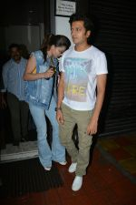 Urvashi Rautela, Riteish Deshmukh spotted at Bastian restaurant in bandra on 3rd July 2018 (12)_5b3c701bbe7d4.JPG