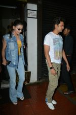 Urvashi Rautela, Riteish Deshmukh spotted at Bastian restaurant in bandra on 3rd July 2018 (15)_5b3c702038950.JPG
