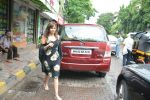 Neha Sharma spotted at bandra on 4th July 2018 (8)_5b3cd551e61a8.JPG