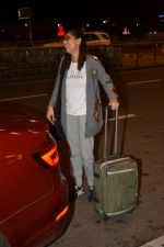 Kubra Sait spotted at airport on 11th July 2018 (48)_5b46dea6349ba.JPG