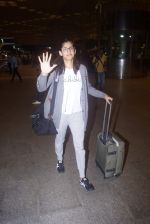 Kubra Sait spotted at airport on 11th July 2018 (83)_5b46dee535417.JPG