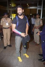 Vicky Kaushal Spotted at Airport on 11th July 2018 (9)_5b46df4233a03.JPG