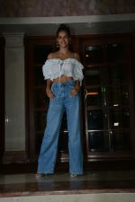 Aisha Sharma promote Satyameva Jayate in radio city, bandra on 13th July 2018 (20)_5b4860ffb83f5.JPG