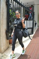 Sophie Choudry spotted at bandra on 18th July 2018 (12)_5b5036005c23b.JPG
