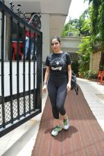 Sophie Choudry spotted at bandra on 18th July 2018 (18)_5b50361c5f1c8.JPG