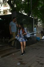 Adah Sharma spotted at Khar on 19th July 2018  (2)_5b517f64d14e4.JPG