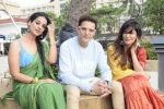 _Jimmy Shergill_, _Mahi Gill_, Chitrangada Singh at the promotion of film Saheb Biwi aur Gangster 3 in Sun n Sand, juhu on 19th July 2018 (35)_5b517f7c656c1.JPG