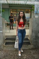 Soundarya Sharma spotted at Kitchen Garden in bandra on 22nd July 2018 (2)_5b557b8738757.JPG