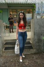 Soundarya Sharma spotted at Kitchen Garden in bandra on 22nd July 2018 (3)_5b557b8a0989e.JPG