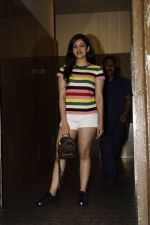 Yami Gautam & sister spotted at pvr juhu on 21st July 2018 (8)_5b557efd441c9.jpg