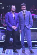 Anil Kapoor, Mika Singh on the sets of Star Plus_s Dil Hai Hindustani 2 at filmcity on 23rd July 2018 (18)_5b56d24b1f6af.jpg