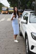 Gauhar Khan spotted at juhu on 23rd July 2018 (14)_5b56cefecaa32.JPG