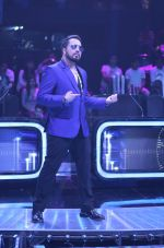 Mika Singh on the sets of Star Plus_s Dil Hai Hindustani 2 at filmcity on 23rd July 2018 (28)_5b56d25273c1c.jpg