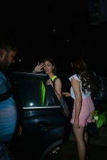 Yami Gautam with sister Sureli Gautam spotted at Bblunt bandra on 22nd July 2018 (1)_5b56bf5d0dfef.JPG