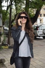 Sangeeta Bijlani spotted at Kromakay salon in juhu on 24th July 2018 (3)_5b581896c0c7f.jpg