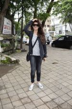 Sangeeta Bijlani spotted at Kromakay salon in juhu on 24th July 2018 (5)_5b58189c60cd3.jpg