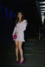 Karishma Sharma spotted at Hakkasan in bandra on 25th July 2018 (3)_5b59706e1afaf.jpg