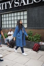 Rhea Kapoor at Anand Ahuja store launch in Khar on 27th July 2018 (2)_5b5c20cd0a17a.JPG