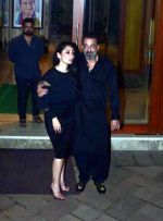 Sanjay Dutt_s birthday party at his home in bandra on 28th July 2018 (32)_5b60785e6a9ef.jpg