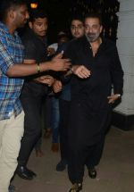 Sanjay Dutt_s birthday party at his home in bandra on 28th July 2018 (35)_5b60786c25f4d.jpg
