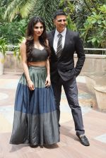 Akshay Kumar, Mouni Roy At Novotel Juhu For The Gold Media Interactions on 30th July 2018 (10)_5b6078c7b6739.JPG