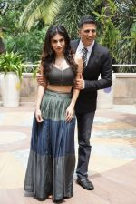 Akshay Kumar, Mouni Roy At Novotel Juhu For The Gold Media Interactions on 30th July 2018 (8)_5b6078c255cbc.JPG