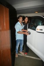 Bipasha Basu & Karan Singh Grover Spotted at Bandra on 30th July 2018 (17)_5b605d85d9752.JPG