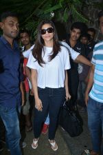 Daisy Shah Spotted At Bandra on 30th July 2018 (6)_5b6064cfad195.JPG