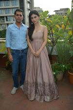 Ritesh Sidhwani, Mouni Roy Spotted At Ritesh's Office In Bandra on 31st July 2018