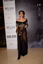 Kim Sharma at Red Carpet for Manish Malhotra new collection Haute Couture on 1st Aug 2018 (40)_5b62bbd9dbd44.JPG