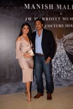Lara Dutta at Red Carpet for Manish Malhotra new collection Haute Couture on 1st Aug 2018 (46)_5b62bbe88c012.JPG