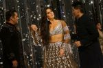 Salman Khan, Katrina Kaif at Red Carpet for Manish Malhotra new collection Haute Couture on 1st Aug 2018 (132)_5b62bc6614912.JPG