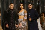 Salman Khan, Katrina Kaif at Red Carpet for Manish Malhotra new collection Haute Couture on 1st Aug 2018 (137)_5b62bb2a7e01f.JPG