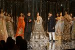 Salman Khan, Katrina Kaif at Red Carpet for Manish Malhotra new collection Haute Couture on 1st Aug 2018 (149)_5b62bb3aa98dd.JPG