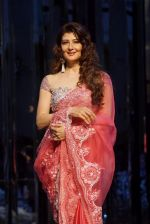 Sangeeta Bijlani at Red Carpet for Manish Malhotra new collection Haute Couture on 1st Aug 2018 (94)_5b62bb8d5103e.JPG