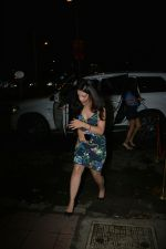 Sakshi Dhoni Spotted at Bastian in Bandra on 3rd Aug 2018 (5)_5b65810961681.JPG