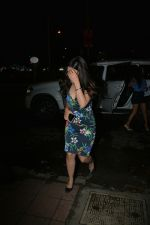 Sakshi Dhoni Spotted at Bastian in Bandra on 3rd Aug 2018 (6)_5b65810c91871.JPG