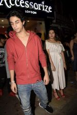 Aryan Khan at Friendship day celebration in Bastian, bandra on 5th Aug 2018 (38)_5b67d9caf19e3.JPG
