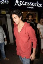 Aryan Khan at Friendship day celebration in Bastian, bandra on 5th Aug 2018 (39)_5b67d9cd30095.JPG