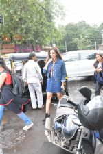 Bipasha Basu spotted at bandra on 4th Aug 2018 (2)_5b67c3b4ca118.JPG