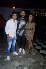 Kishwar Merchant, Suyyash Rai at the launch of Kasino Bar and Launch of Meet Bros song Love Me on 6th Aug 2018 (103)_5b6945df00d18.JPG
