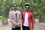 Aparshakti Khurana, Abhishek Banerjee at the promotion for film Stree in Novotel juhu on 7th Aug 2018 (14)_5b6a980191b43.JPG