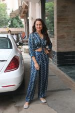 Sonakshi Sinha for the media interactions of film Happy Phirr Bhag Jayegi on 7th Aug 2018 (22)_5b6a98b4c5a85.JPG