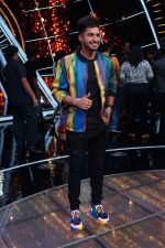 Jassi Gill On The Sets Of Sony Indian Idol in Yashraj Studio, Andheri on 8th Aug 2018 (26)_5b6be34a45049.JPG