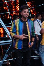 Jassi Gill On The Sets Of Sony Indian Idol in Yashraj Studio, Andheri on 8th Aug 2018 (27)_5b6be34c8bb5f.JPG