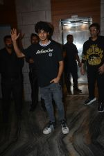 Ishaan Khattar at the Success Party Of Film Dhadak in Escobar Bandra on 9th Aug 2018 (12)_5b6d42e39db03.JPG