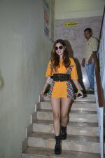Karishma Sharma Spotted at Bandra on 11th Aug 2018 (1)_5b712d0c2fcd4.JPG