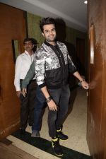 Manish Paul at the Success party of Mulk in The Club andheri on 11th Aug 2018 (1)_5b7135494f013.JPG