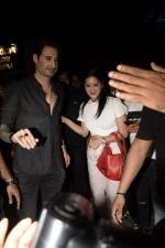 Sunny Leone, Daniel Webber Spotted At B Lounge In Juhu on 11th Aug 2018 (10)_5b712db0a7d17.JPG
