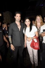 Sunny Leone, Daniel Webber Spotted At B Lounge In Juhu on 11th Aug 2018 (4)_5b712d9a11b63.JPG